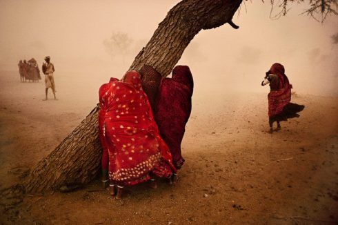 Photo via https://www.facebook.com/SteveMcCurry.photography